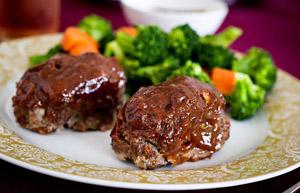 Ann Romney's Meatloaf Cakes